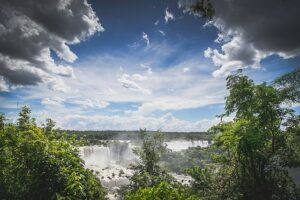 waterfall-768540_640